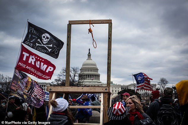 This noose was pictured Wednesday on the West Front of the Capitol
