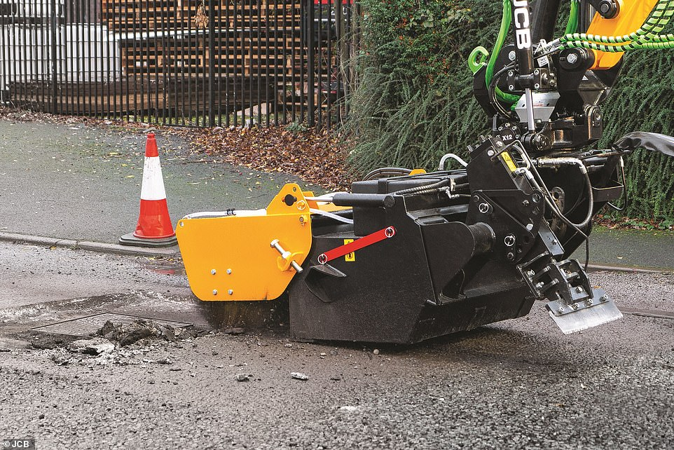 By fitting one vehicle with all the required attachments to complete a full pothole repair, JCB says it will cut repair costs, time and the emissions impact of using various machines