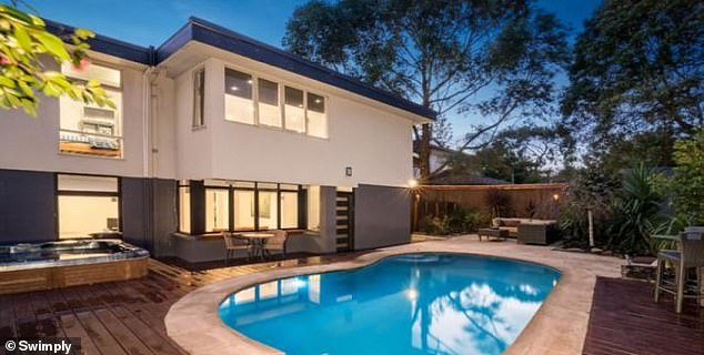 Australians disappointed by travel restrictions and desperately needing some time lounging by the water can now book private pools by the hour