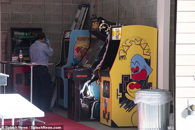 Play!  In images obtained by Dailymail.com, several classic arcade games were seen being unloaded from a truck and in a garage in Gigi's NoHo apartment ahead of Zayn's birthday