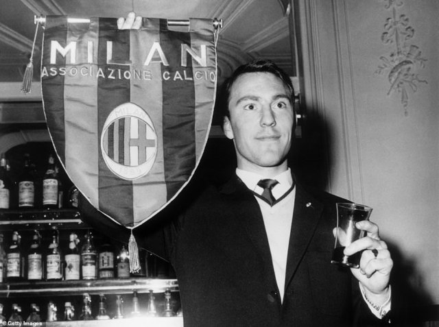Between leaving Chelsea and joining Tottenham, Greaves had a brief spell with Italian giants AC Milan