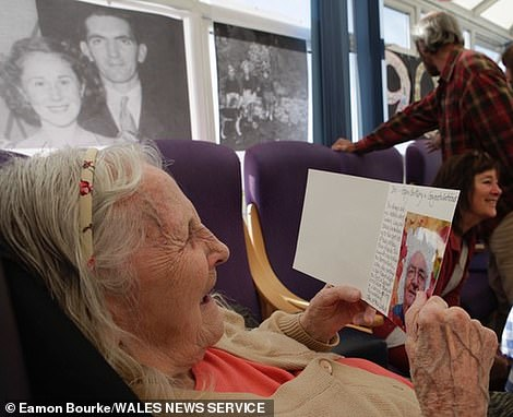 The couple saw Decima Minhinnick, 94, a resident at a care home inPorthcawl, South Wales, through the window