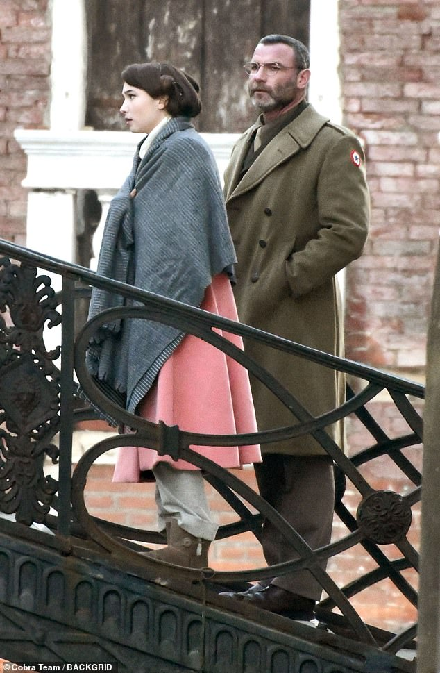 Love? As Cantwell's plans begin to unravel, a chance encounter with a remarkable young woman begins to re kindle in him the hope of renewal