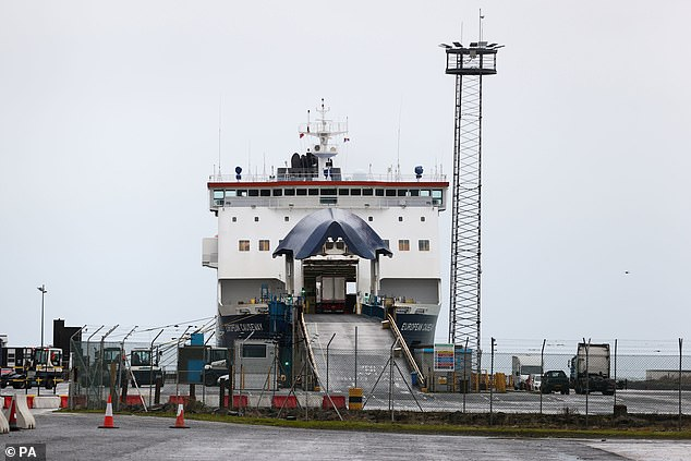 Animal and food product inspections at Northern Ireland's Belfast and Larne ports were stopped 'with immediate effect' last nightover safety fears for staff