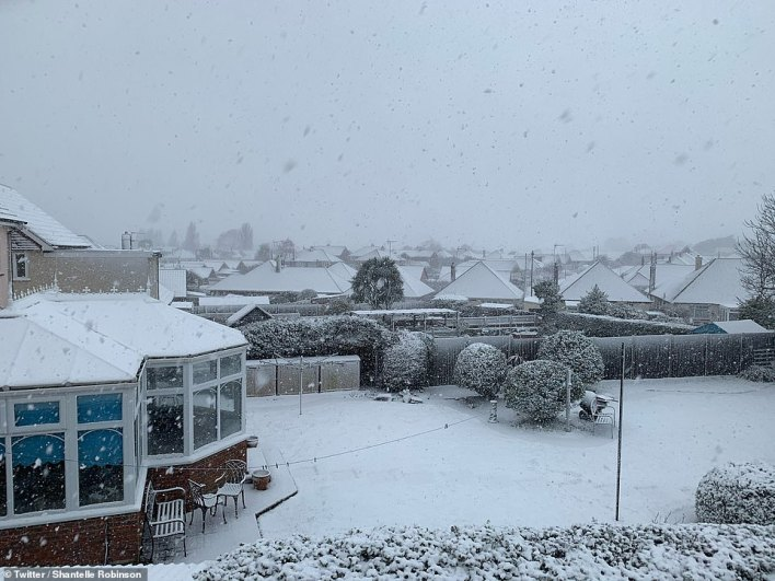 Snowfall in Clacton, Essex this morning as Storm Darcy sweeps across Northern Europe and lashes Britain
