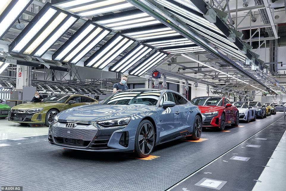 Production of the new model has already begun at Audi Böllinger Höfe, Neckarsulm, South West Germany