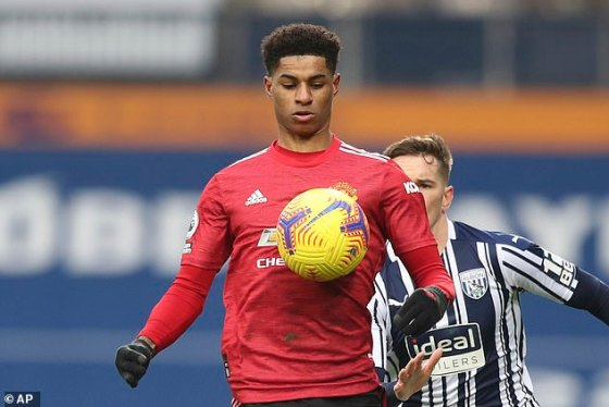 Marcus Rashford has been praised for resisting social media giants following a number of incidents in which footballers, managers and referees were abused.