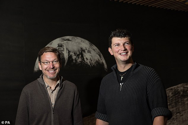 Mike Brown (left) and assistant professor Konstanin Batygin Proposed to the idea that extreme trans-Neptunian objects were clustering due to a large planet at the edge of the solar system