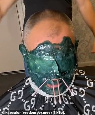 Resin is applied to the face and into the nostrils and ears and left to solidify, much like a normal face mask, before being peeled off to clear detritus from the pores, extract blackheads and remove stray hairs