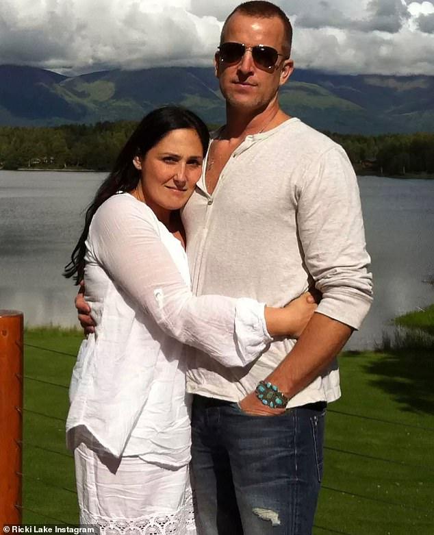 Ricki Lake announces engagement to Ross Burningham, Nzuchi Times