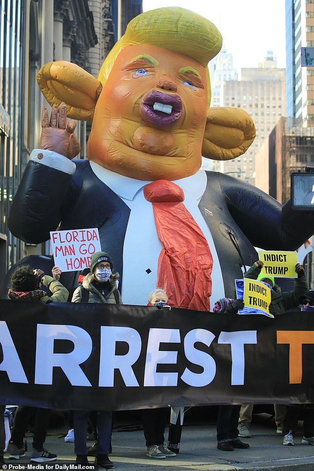 There had been a heavy police presence around Trump Towers in recent days, fueling speculation of his return