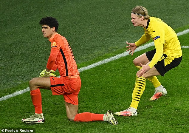 He got right up into the keeper's personal space after being mocked himself moments earlier