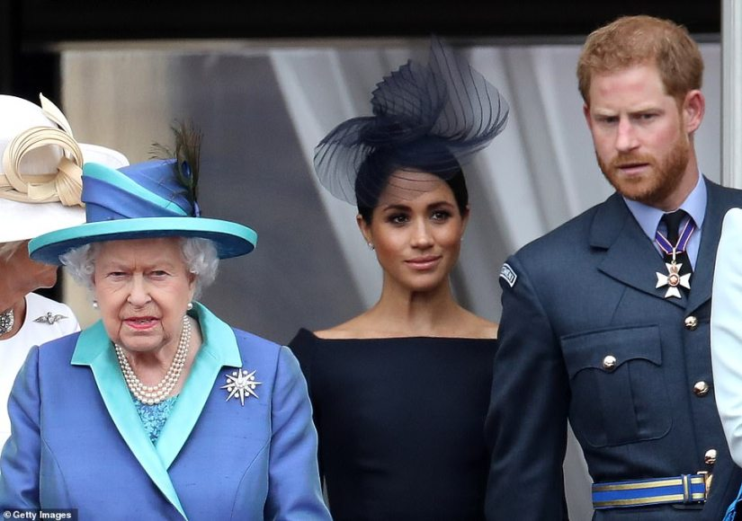 It is understood that the Queen intends to try to pour oil on troubled waters by reaching out to her grandson and his wife in California. It is expected that they will speak on the phone in the next few days