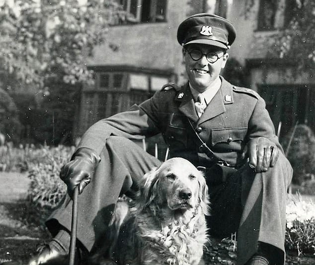 Walkeras an Army officer in 1944