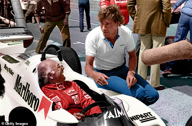 Walker withwith co-commentator James Hunt, right