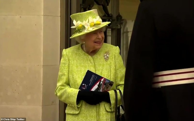 The Queen smiled and joked with members of the Australian Air Force during her visit this morning
