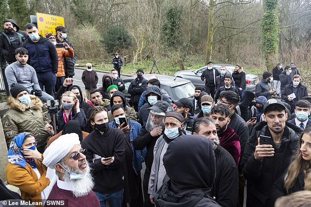 Mufti Mohammed Amin Pandor, a local Muslim scholar, told the crowd in Batley this week that the teacher has been suspended