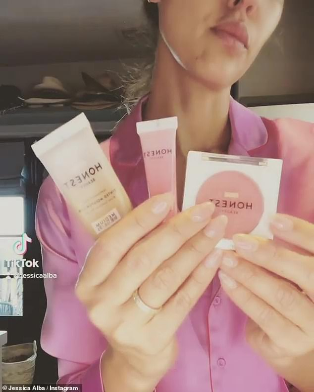 The actress and businesswoman included two fun videos in her post, the first being a fun transformation makeover clip: Jessica held up cosmetic products from her Honest Company