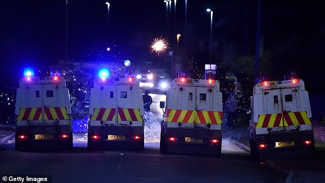 All the main unionist parties have demanded the resignation of PSNI Chief Constable Simon Byrne, claiming he has lost the confidence of their community