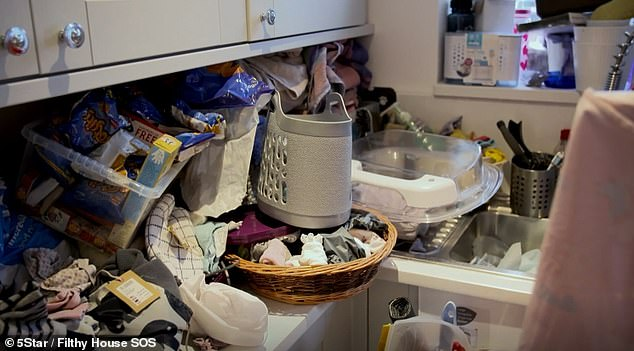 A look at the laundry had had been piling up in the utility room before Richard and Brennan came to help Sarah and Stuart