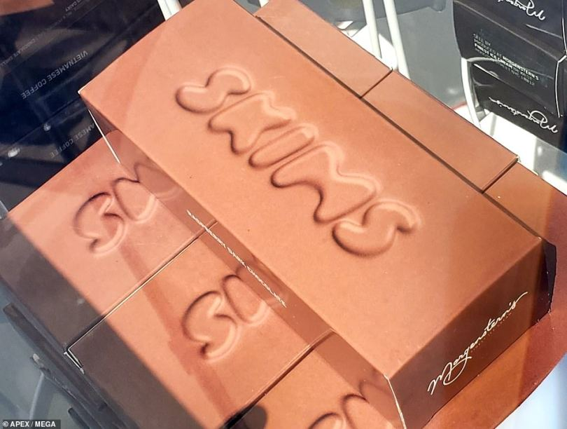 Color coordinated: Orders were packaged in sleek SKIMS boxes, which coordinated with the colors chosen by customers