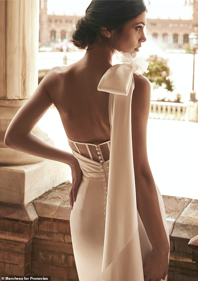 The collection is designed for all body types available in all Pronovias stores and selected wholesalers around the world with prices ranging from $2,000 to $4,000