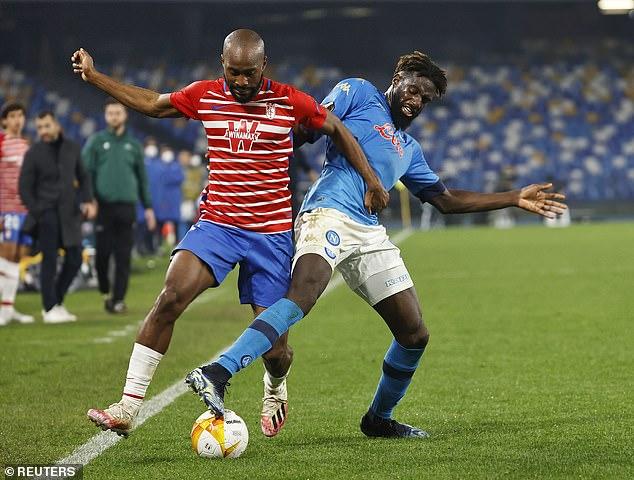 El jugador de 26 años ha hecho 36 apariciones en todas las competiciones para los hombres de Gennaro Gattuso esta temporada.