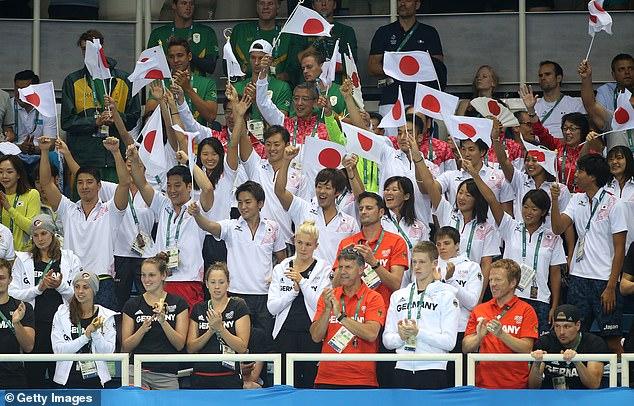 Japón se enfrenta a una reacción violenta después de considerar llevar a sus atletas al frente de la fila de vacunas