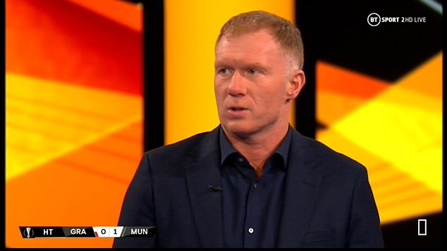 Paul Scholes felt Fernandes 'fooled' the referee and United were 'lucky' to get the penalty