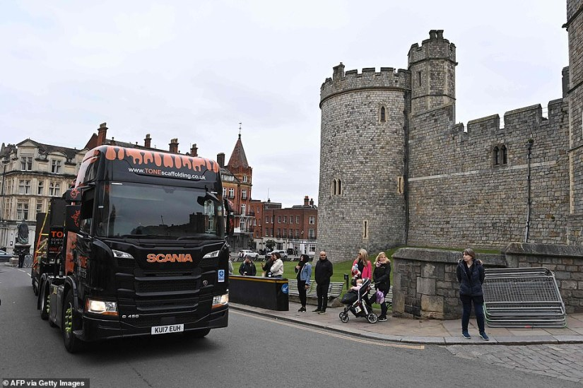 A lorry carrying scaffolding for the funeral preparations arrives at Windsor Castle on Saturday