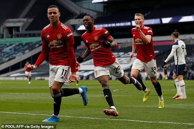 He called the 34-year-old a good example to Mason Greenwood (left) and Marcus Rashford