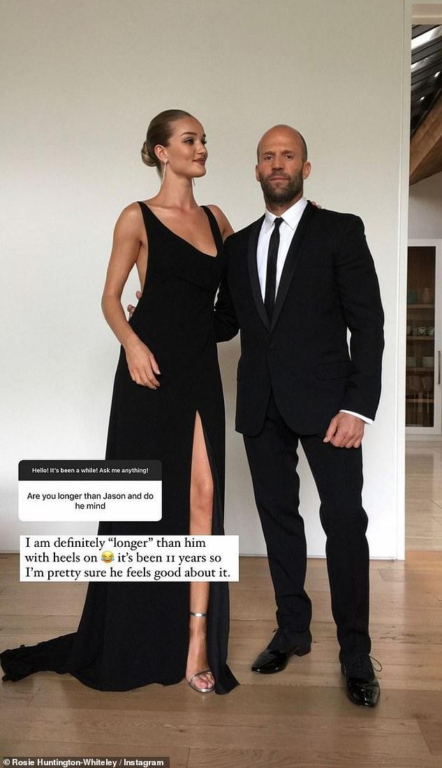 Diferencia de altura: Rosie habló sobre ser más alta que Statham cuando se le preguntó si era un problema para él.