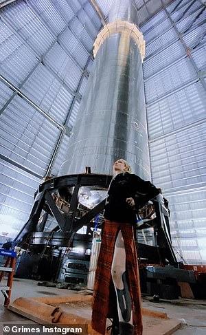 En febrero, Grimes había compartido durante una sesión de preguntas y respuestas en línea que quería mudarse a Marte después de cumplir 50 años para ayudar a erigir una colonia humana allí, informó The Sun