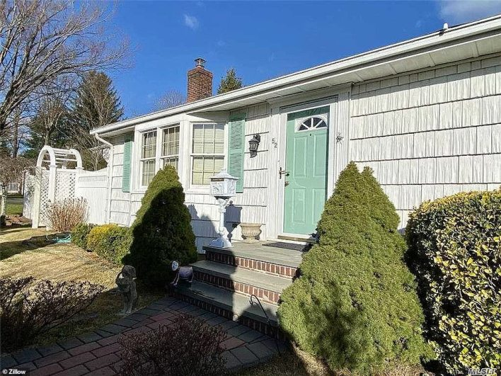 LOCUST VALLEY, LONG ISLAND: Long Island real estate Lucky to Live Here Realty recently sold this property in Locust Valley for a staggering 38 percent over its $489,000 asking price, bagging the seller an extra $186,000 after just 15 days on the market