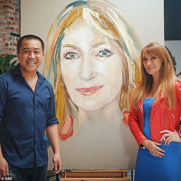 Telling her truth: The British-American actress divulged the moment to comedian and host Anh Do (left) whilewhile having her portrait painted