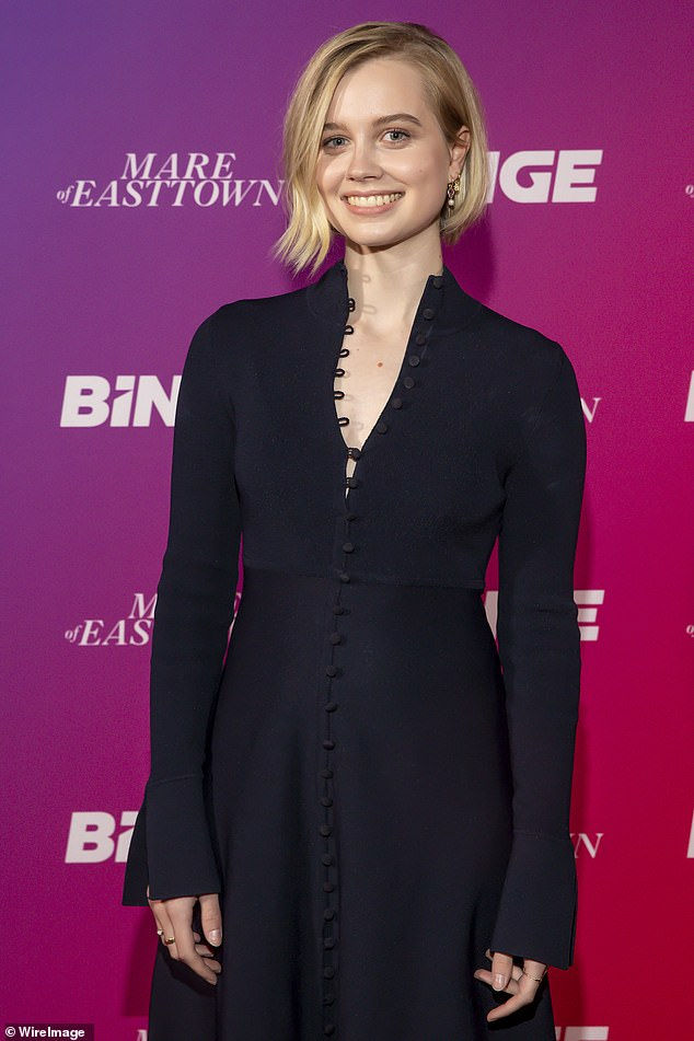 Fashionista:The actress, who is set to star in the HBO drama, stunned in a long black dress which featured buttons along the front