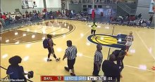 Photo of Referee BODY-SLAMMED by spectator at girls' basketball game in Indiana [Video]