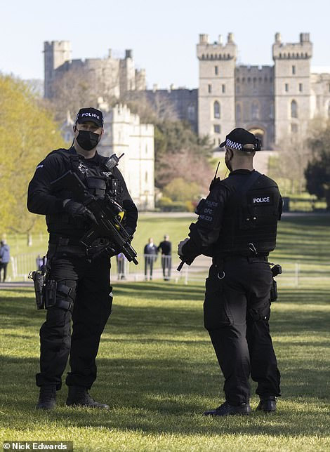 Police on the estate