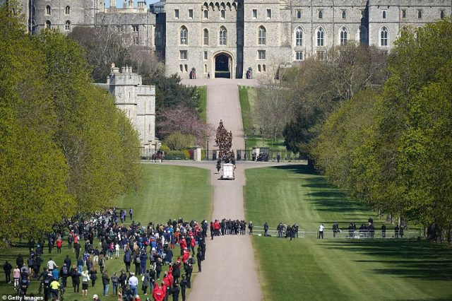 The King's Troop Royal Horse Artillery arrive at Windsor Castle on a sunny afternoon where the Duke of Edinburgh will be laid to rest