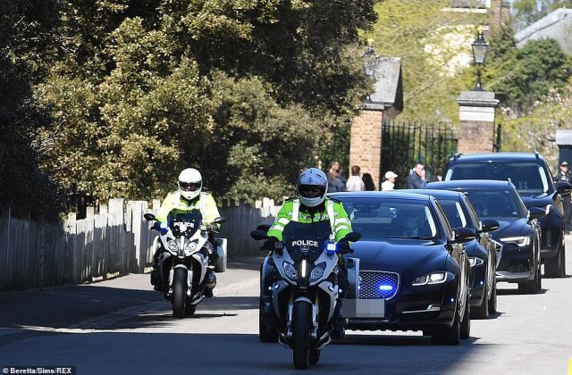 The Cambridges left Kensington Palace in a convoy led by police outriders from the Met's royal protection squad