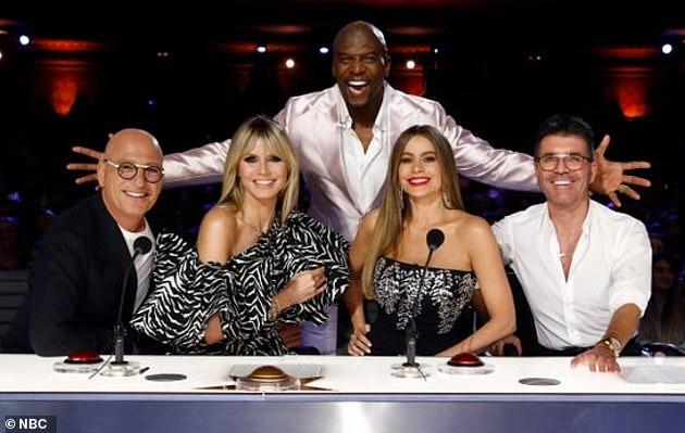 Concierto en televisión: Klum está filmando actualmente la temporada 16 de America's Got Talent de NBC, reuniéndose con sus compañeros jueces Sofia Vergara, Simon Cowell y Howie Mandel.  La competencia de talentos organizada por Terry Crews está programada para estrenarse el 1 de junio.
