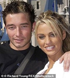 2. The glamorous model then got engaged to Scott Sullivan in 2004