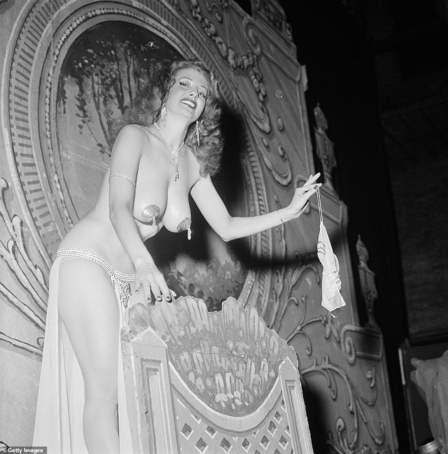 In a 2014 with DailyMail.com, Storm stated that the secret to her success was being 'sexy and classy' at the same time. She is seen on stage in 1954