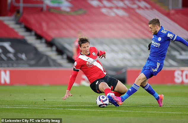 Vestergaard got the ball before colliding with Vardy but he then caught the striker high up