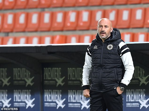 Spezia coach Vincenzo Italiano is another possible option the club are said to be considering