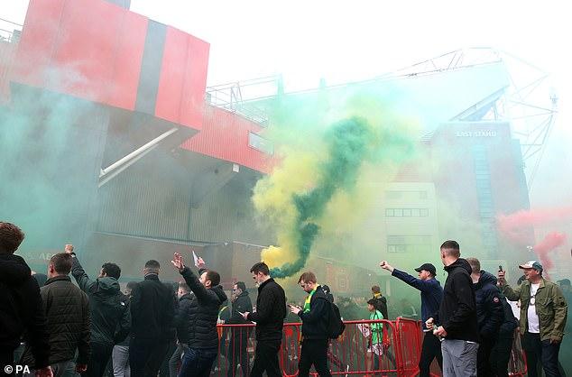 SPORTS AGENDA: Police foil Manchester City firework plot | Daily Mail Online