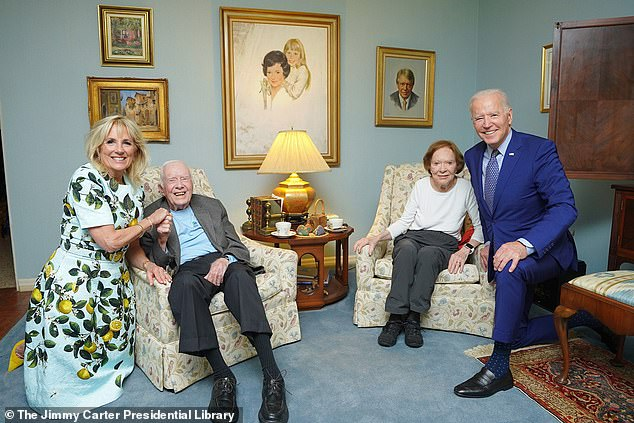 The Carter Library posted a photo of former President Jimmy Carter and his wife, Rosalynn¿s visit with President Joe Biden last week in Georgia with a rather strange perspective