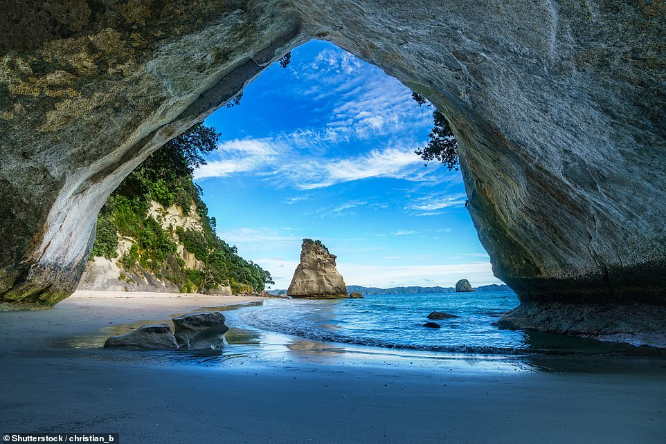 Cathedral Cove, also known asTe Whanganui-a-Hei, is a marine reserve on New Zealand's North Island. The park, which covers nine square kilometres (3.47 square miles), is home to a stunning natural arch. Along with being a popular photography spot, kayaking and diving are other attractions that lure travellers