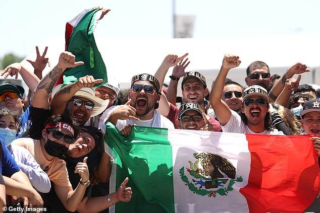 Around 5,000 Canelo supporters turned up to show their support for the Mexican star