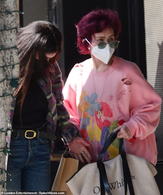 Prepared: The red-haired star carried a massive Off-White brand tote bag over her shoulder as she headed to the restaurant, and took precautions against the ongoing coronavirus pandemic with her medical-grade face covering